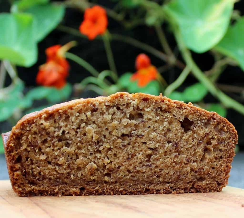 Healthy Banana Bread recipe is loaded with healthy fats and containsno processed sugar! http://homemadeFoodJunkie.com
