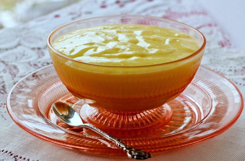 Homemade Lemon Curd Recipe by HomemadeFoodJunkie.com