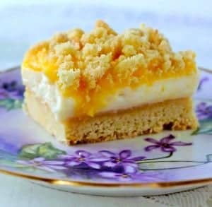 Lemon Cheesecake Delight with this lemon cookie recipe crust