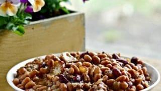 Grandma Cashs' Hamburger Bean Casserole