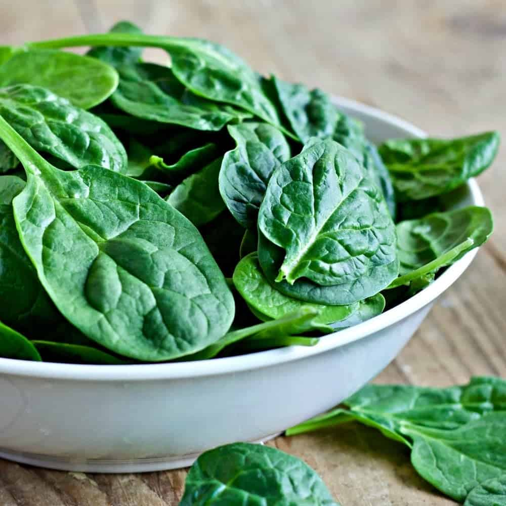Baby Spinach Greens for Spinach Avocado Bacon Salad