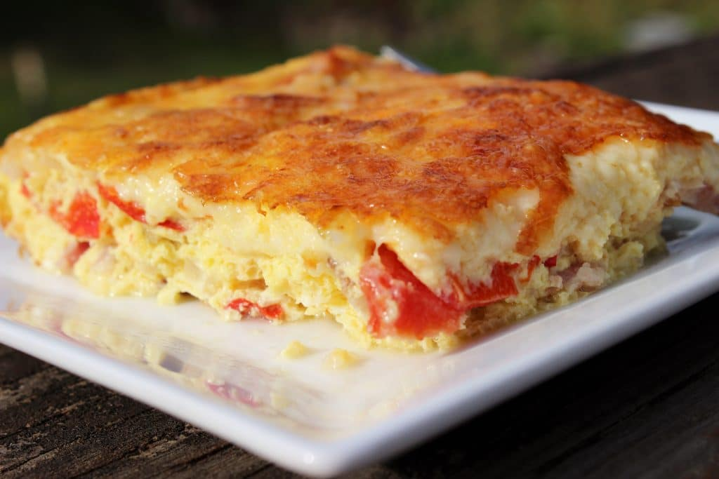 Looking for a crowd pleasing easy breakfast this breakfast frittata