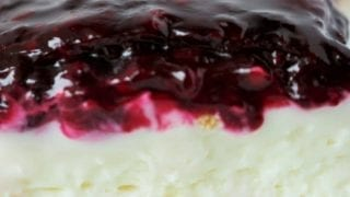 No-Bake Blackberry Cheesecake Bars