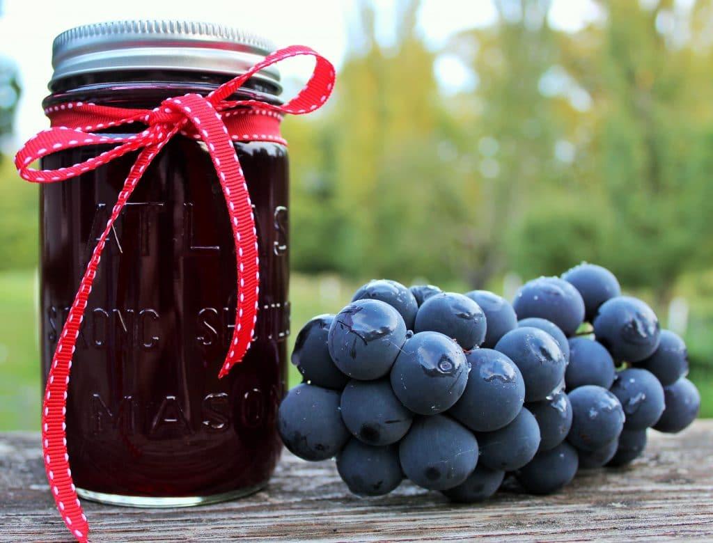 Hoemade grape juice