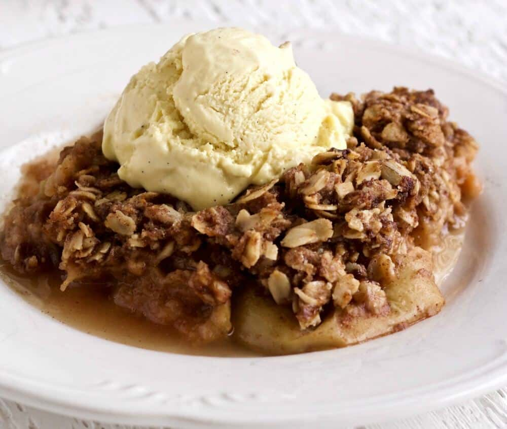 Apple Crisp With Coconut Oil http://HomemadeFoodjunkie.com
