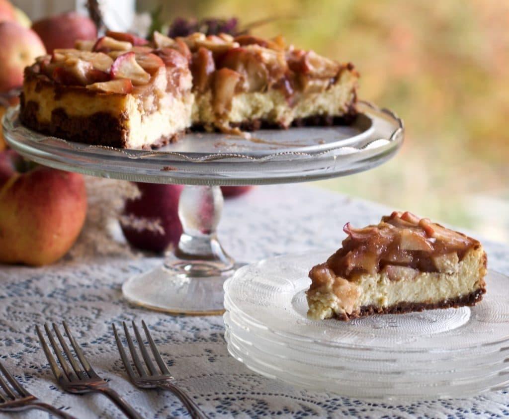 Apple Pie Cheesecake