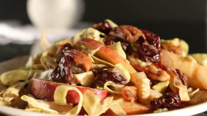 Cabbage Salad with Fresh Apples