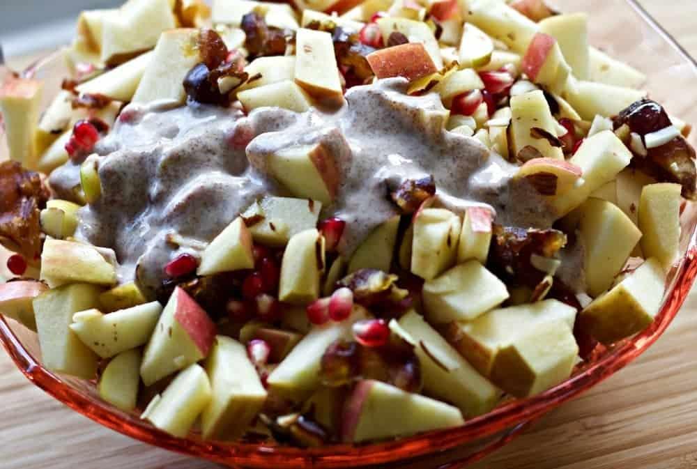 Apples Medley Salad with Greek Yogurt Cinnamon Dressing