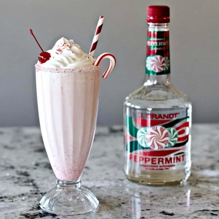 Peppermint Milkshake with a Schnapps Liqueur bottle