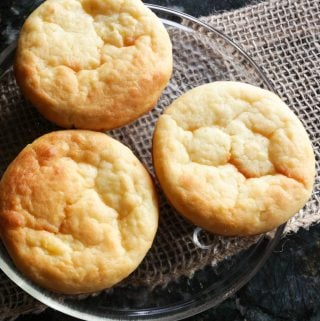 Old Fashioned Pineapple Muffins