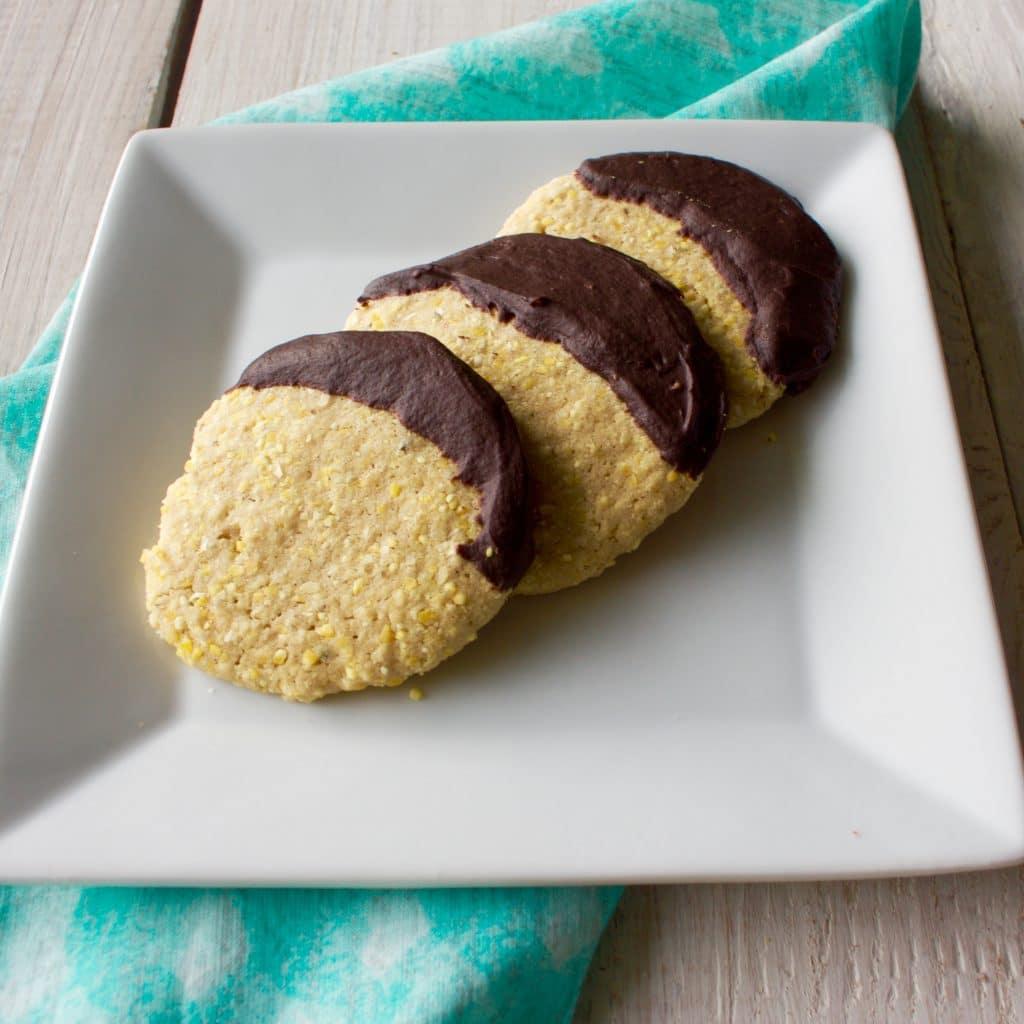 Crunchy Cornmeal Nut Cookies