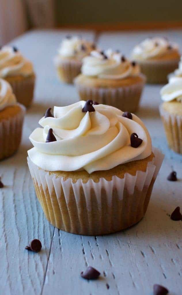Cupcake Corner-Chocolate Chip Cookie Dough Cupcakes