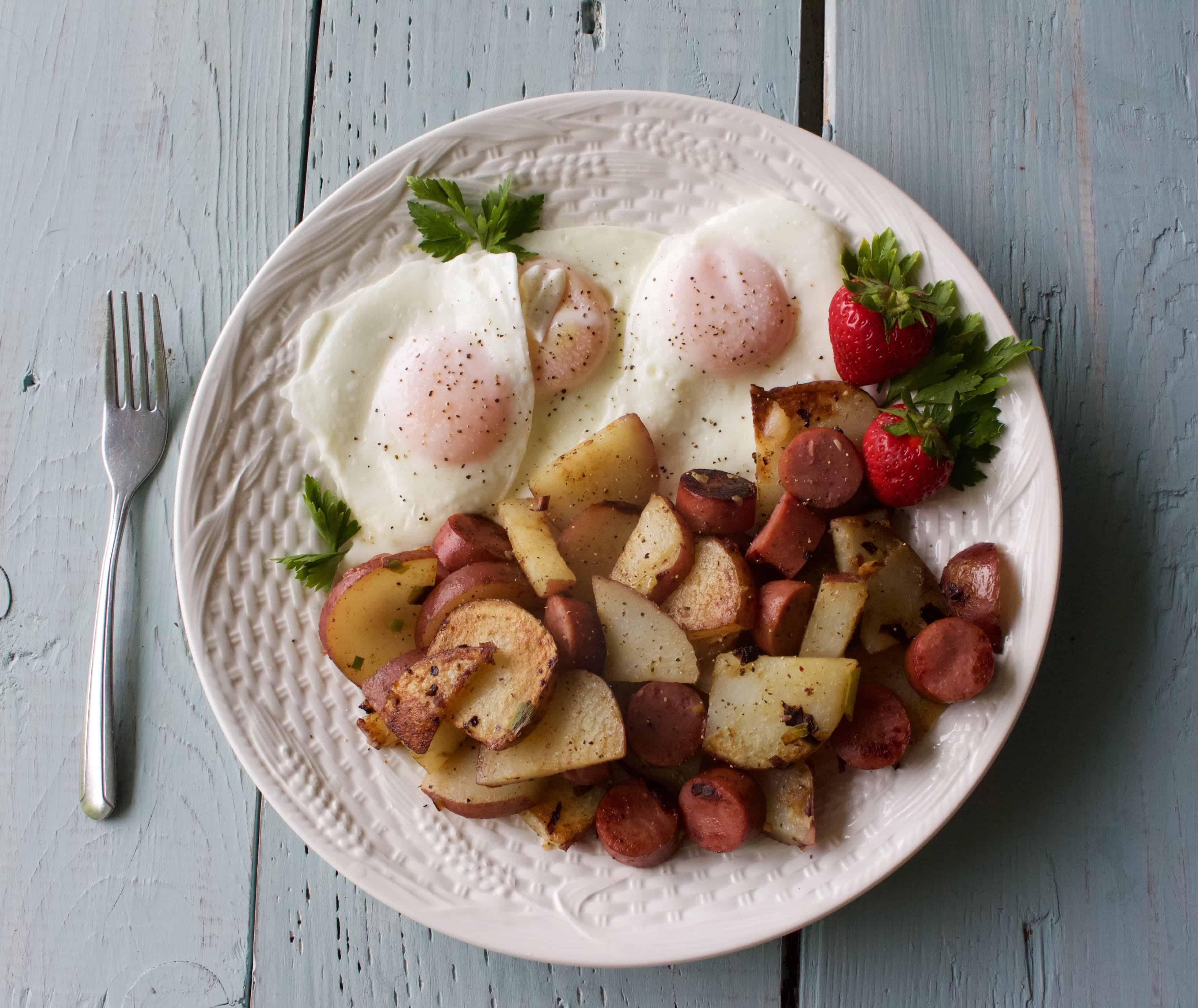 Fried Potatoes and Eggs | Homemade Food Junkie