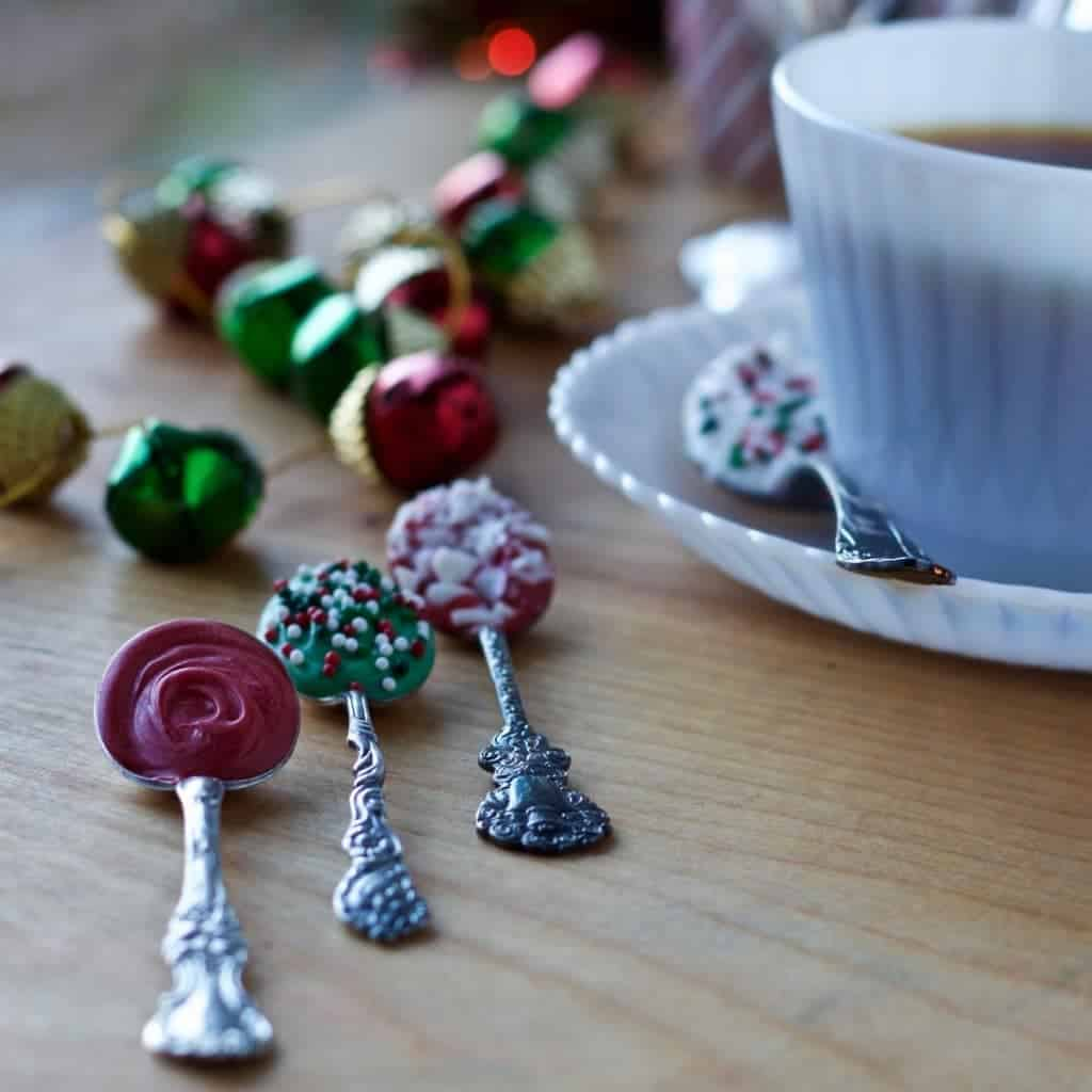Candy Coated spoons cheer up your hot drinks, add life to a party table and make perfect homemade personal gifts!