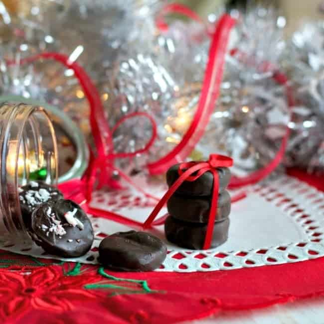 Holiday Candies Recipe-Delicious, easy homemade Holiday candies are super cute and yummy! They are simple to decorate and theme.