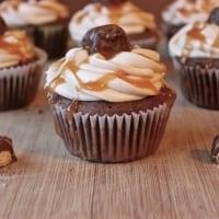 Twix Cupcakes