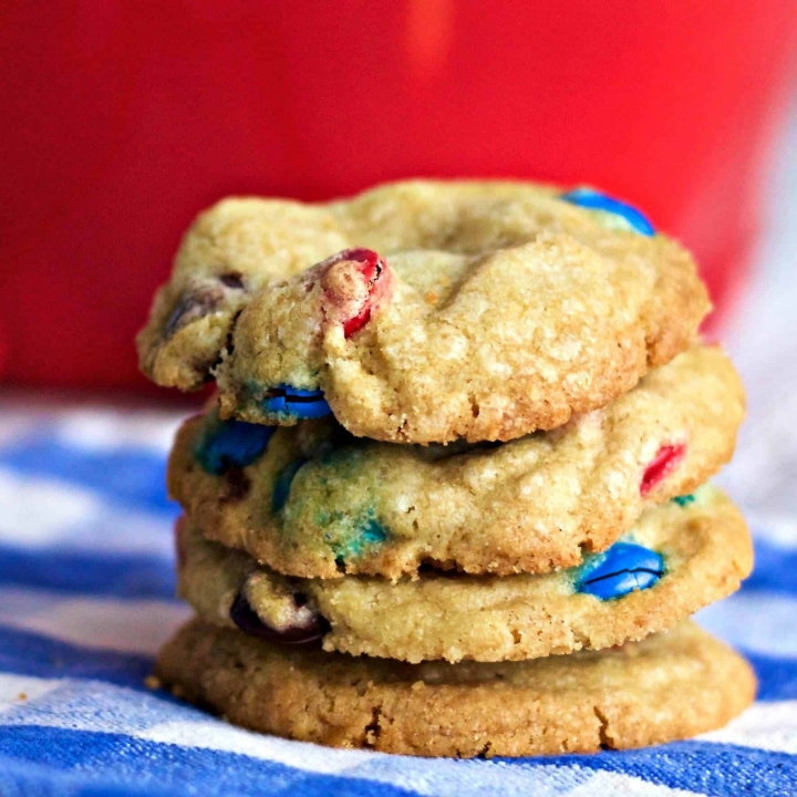 Healthier M&M Cookies with coconut oil and organic sugar by homemadefoodjunkie.com