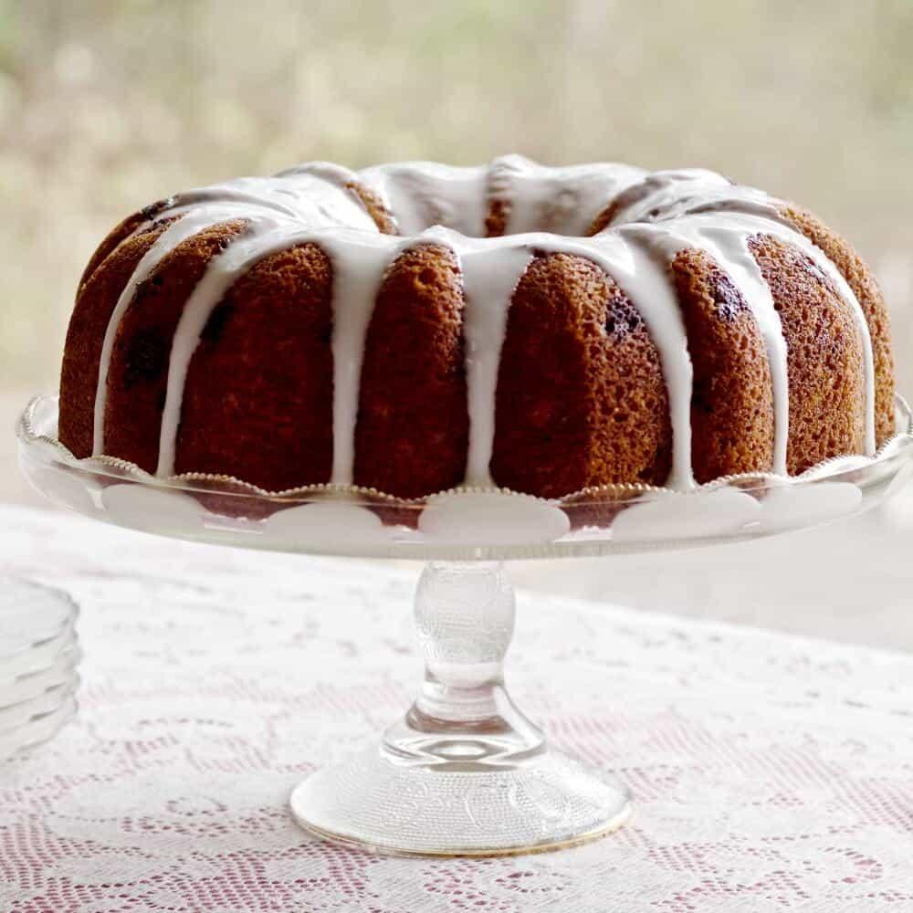 Blueberry Lemon Chia Seed Bundt Cake http://HomemadeFoodJunkie.com