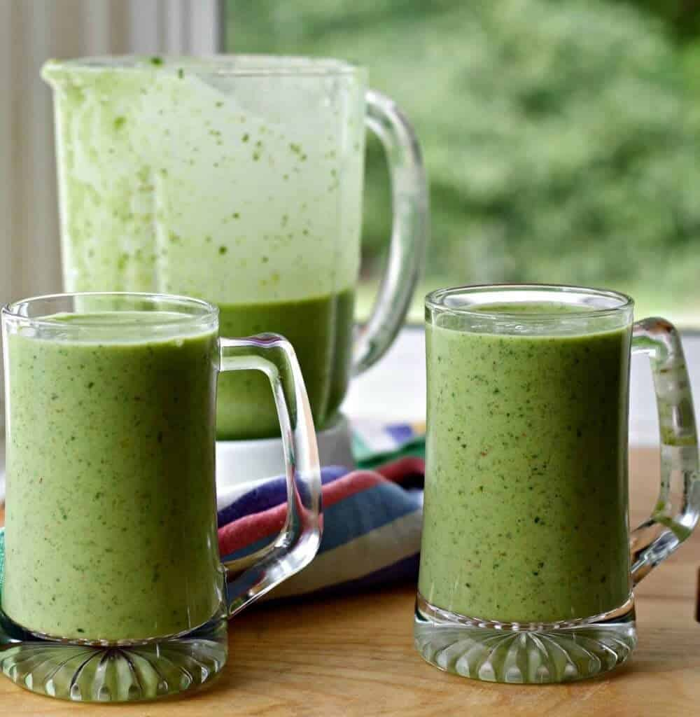 Spring Green Smoothie http://Homemadefoodjunkie.com