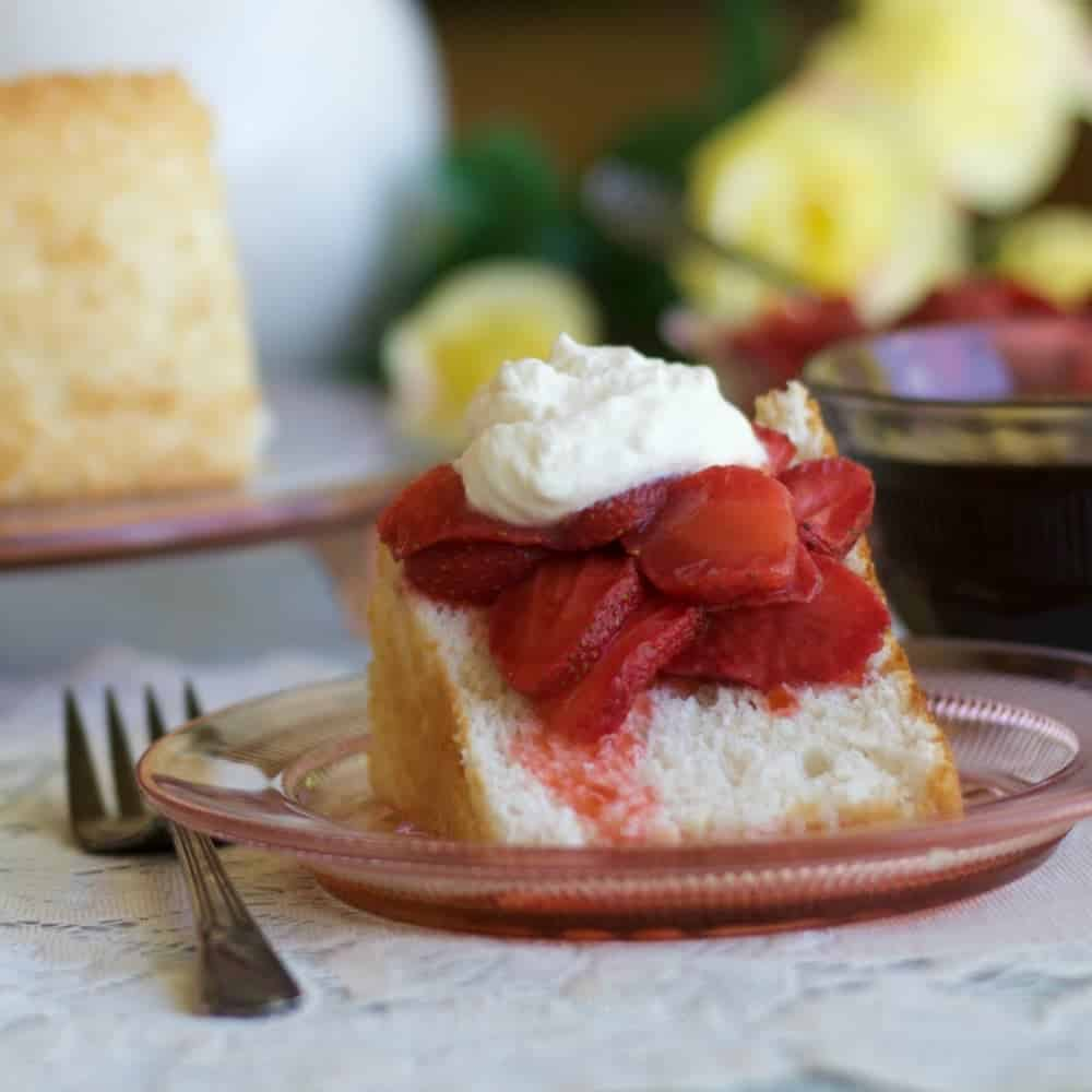 Angel food cake recipe homemade food junkie angel food cake recipe forumfinder Images