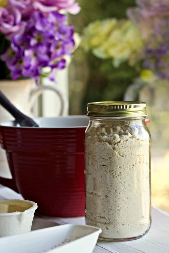 Homemade Coconut Oil Bisquick Mix in a quart mason jar