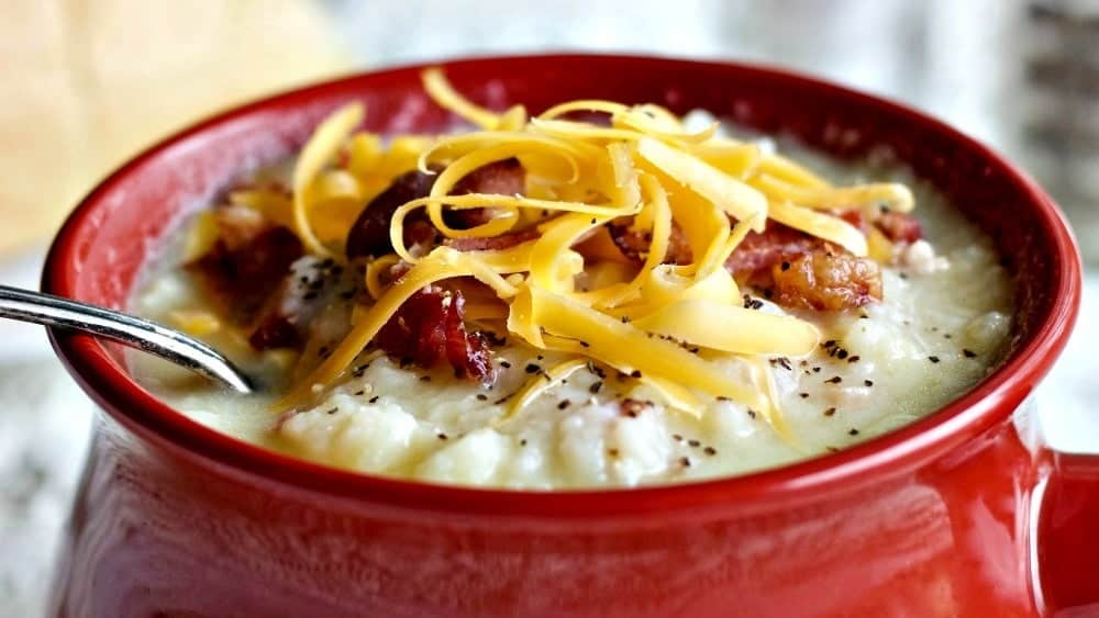 Instant pot cheesy cauliflower potato soup