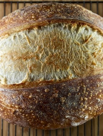 Beginner Artisan Sourdough Bread Recipe