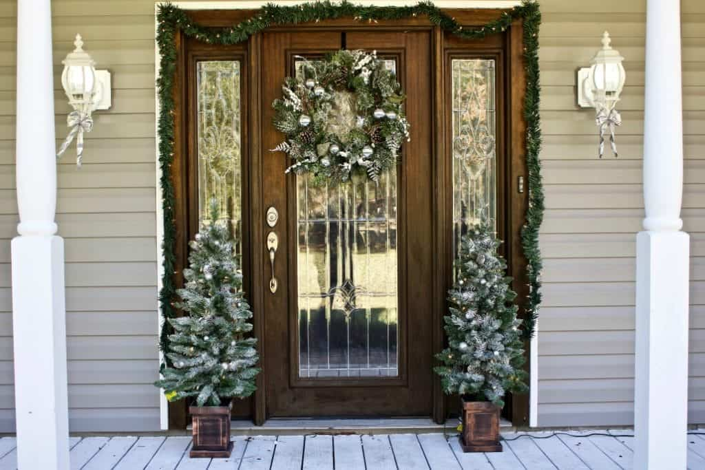 Finished Christmas Porch Decor