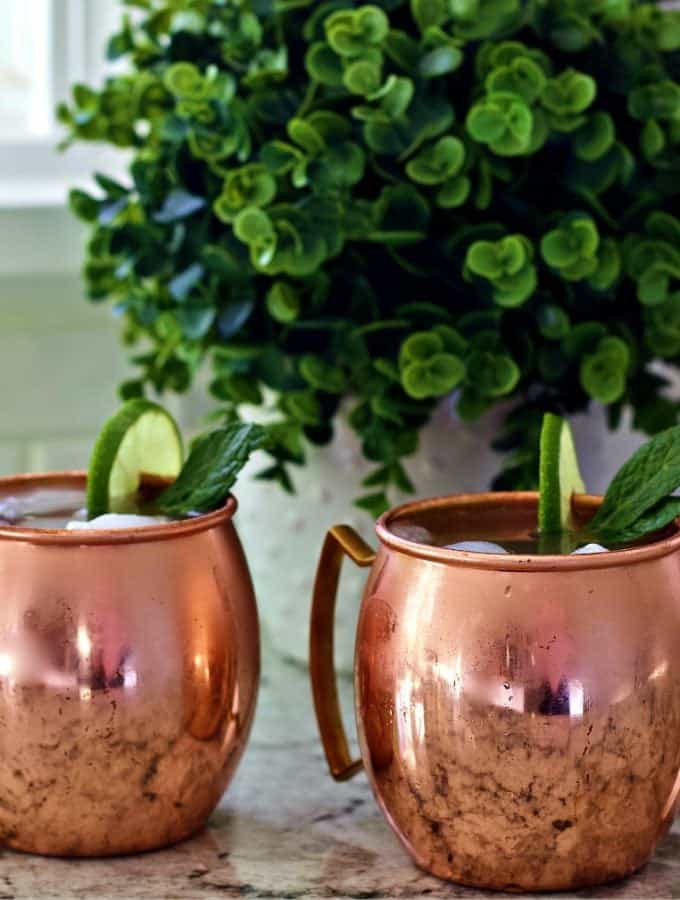 Moscow Mule cocktail in two copper mugs