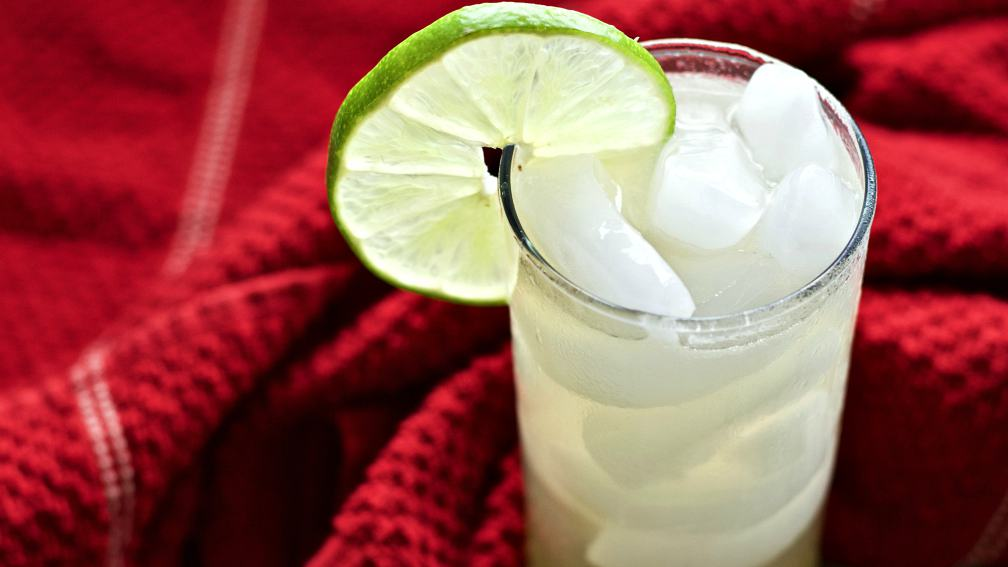 Garnished top view of the mexican Mule