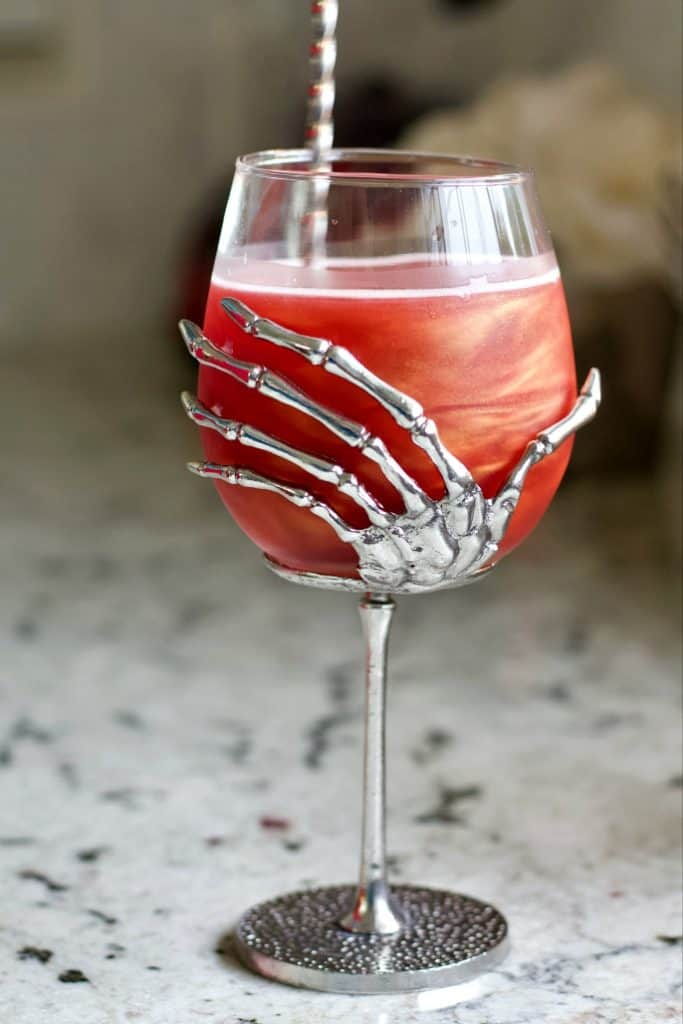 Swirl the Poison Apple to see the ghostly images in this halloween drink
