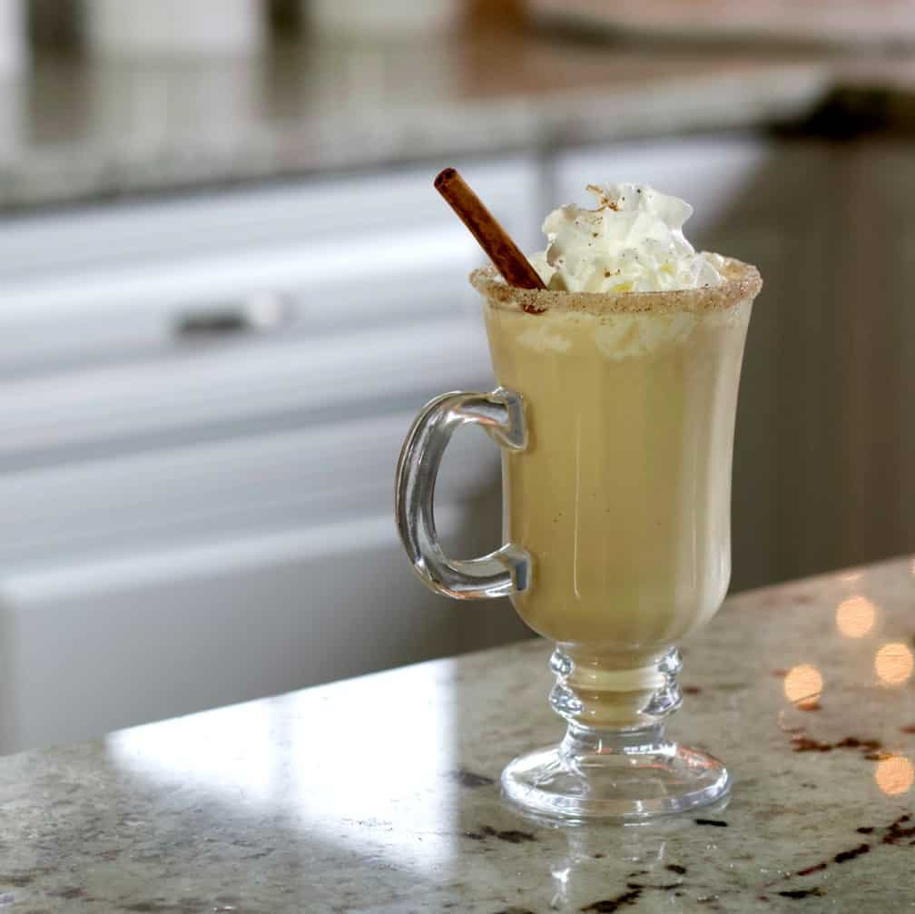 eggnog cocktail