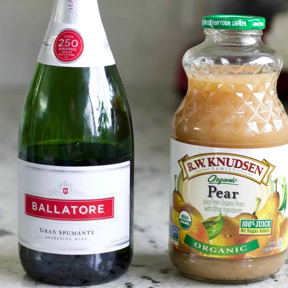 Bellatore sparkling white wine and pear juice