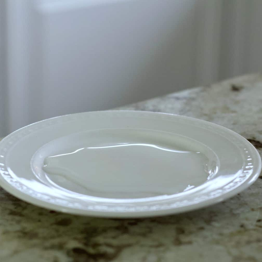 Pour Simple Syrup Onto A Plate