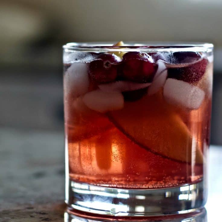 Crown Apple Berry Drink
