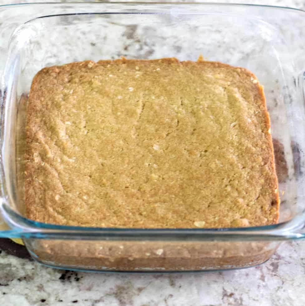 baked lemon cookie bars