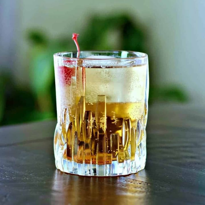 Crown royal Peaches and Cream drink