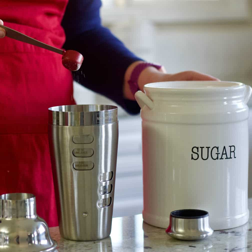 adding sugar to gin fizz recipe