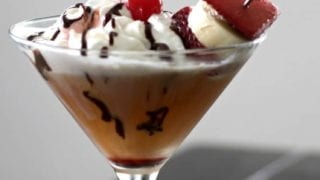 banana split dessert drink