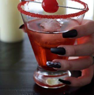 vampires kiss halloween drink