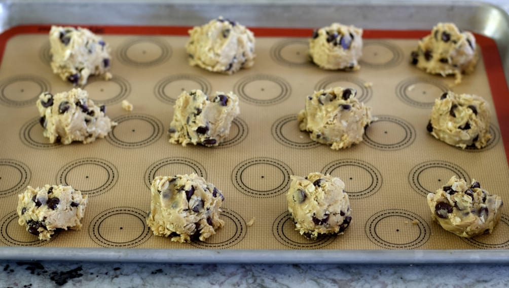 Chocolate Chip Oatmeal Peanut Butter Cookies- Raw
