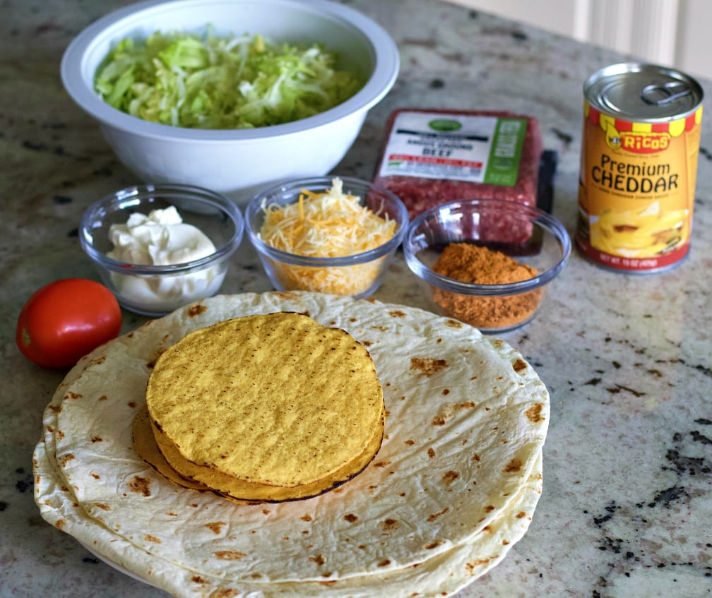 crunchwrap supreme ingredients
