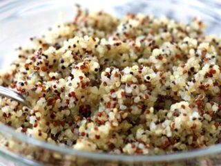 instant pot quinoa in a bowl