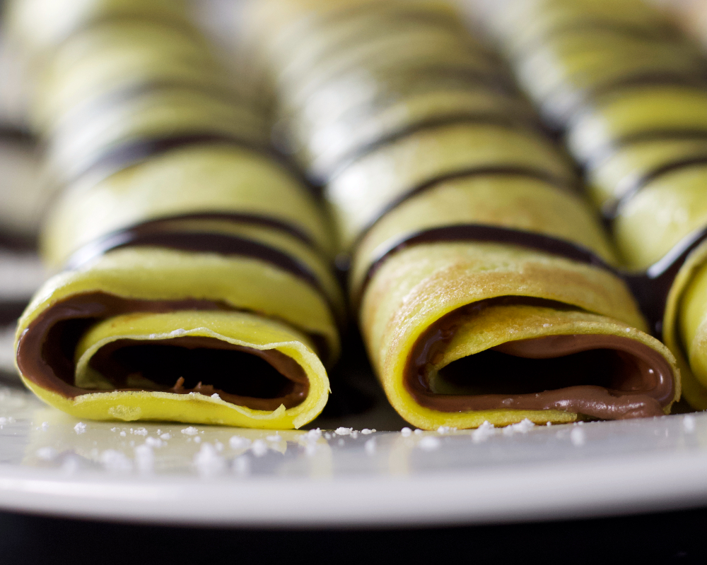nutella filled sweet crepes