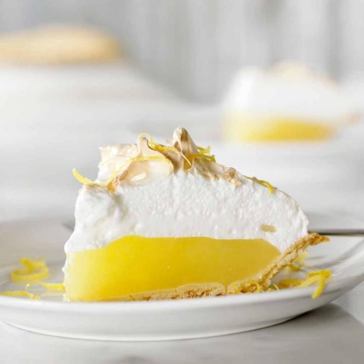 lemon meringue pie-single slice