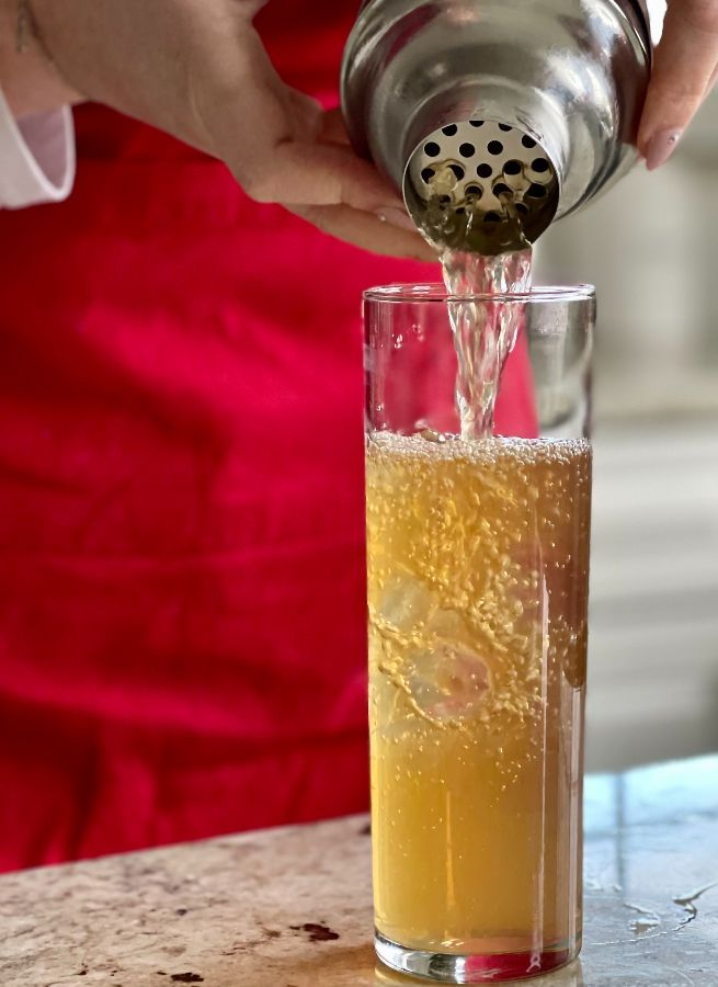 Pouring The Arnold Palmer