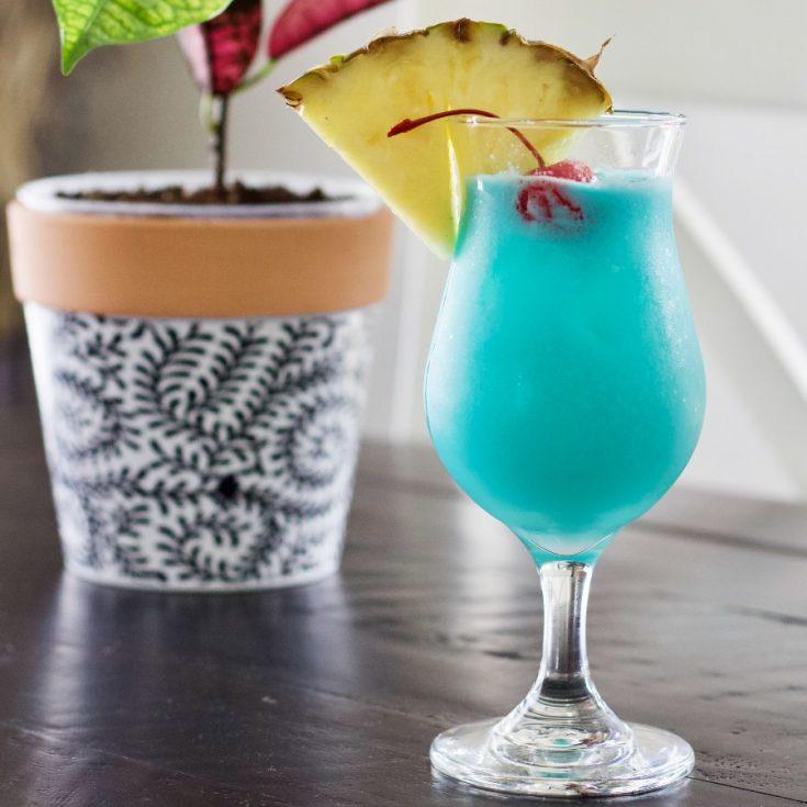 Blue Hawaiian Cocktail 6