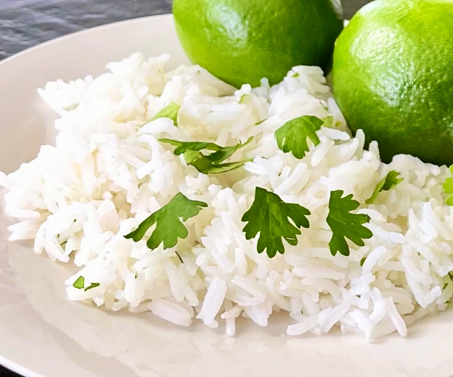 Cilantro Lime Rice With Limes