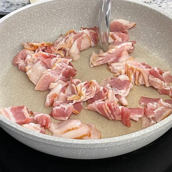 Corn Dip[-Frying Bacon